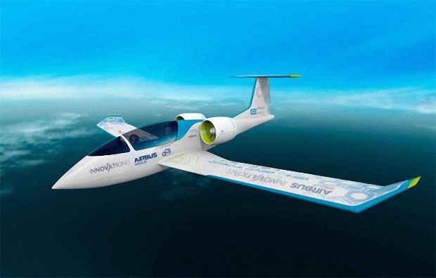Электросамолет Airbus E-FAN в полете