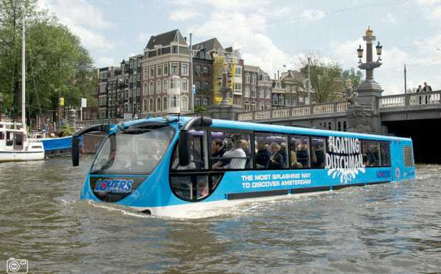 Плавучий автобус «Амфибус»