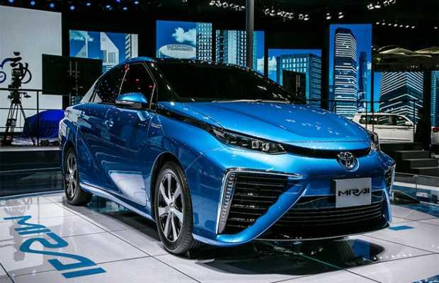 Водородный автомобиль Toyota Mirai