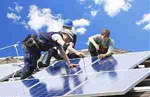 Крепление и подключение солнечных панелей