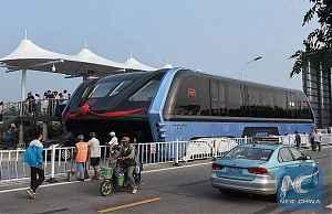 Автобус будущего TEB (Transit Elevated Bus)