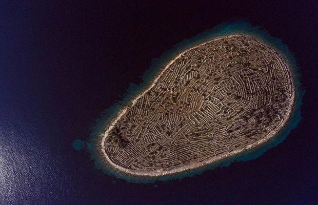 Остров Бальенак в форме отпечатка пальца