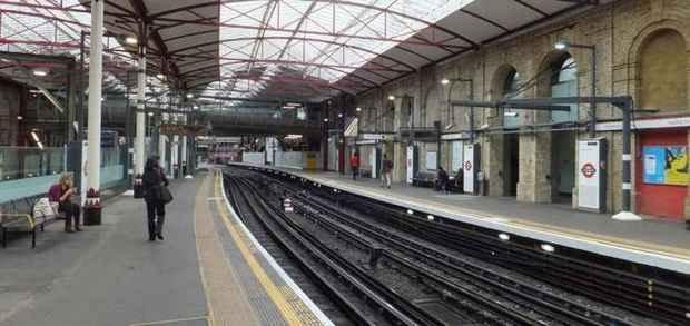 Станция метро Фаррингдон