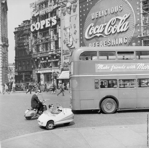 Мопед, Мопетта и автобус