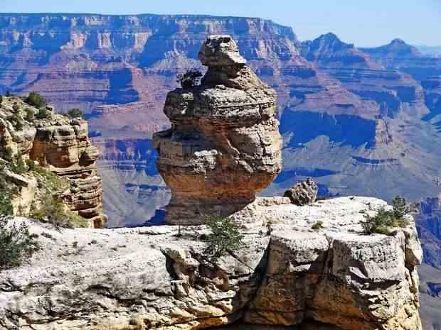 Причудливые скалы Великого каньона
