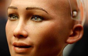 Роботесса София, наделенная искусственным интеллектом