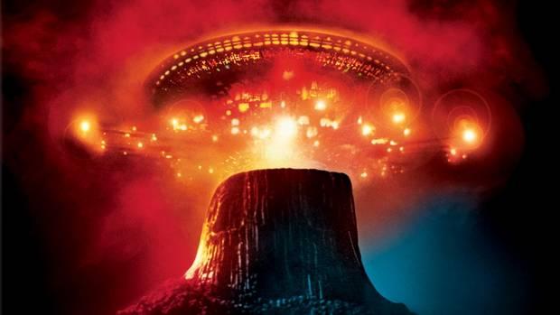 Уфологи считают Башню Дьявола космодром для инопланетных кораблей