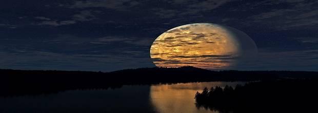 Луна делает полный круг за 27,3 дня и поворачивается вокруг своей оси за 27 дней