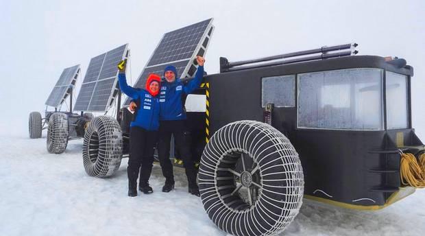Авторы проекта Solar Voyager - голландская супружеская пара Лизбет и Эдвин тер Вельде